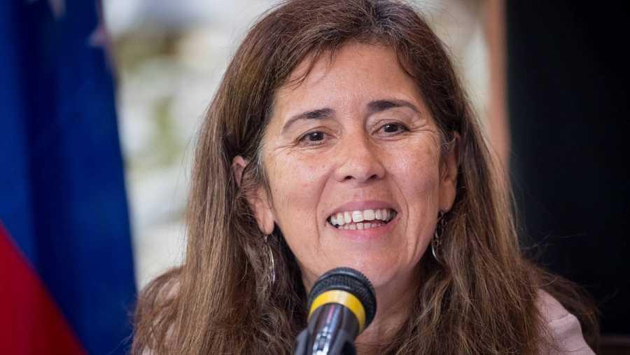 Fotografía de archivo de la jefa de la delegación de la Unión Europea (UE) en Caracas, Isabel Brilhante Pedrosa, en una rueda de prensa el 2 de mayo de 2018, en Caracas (Venezuela).