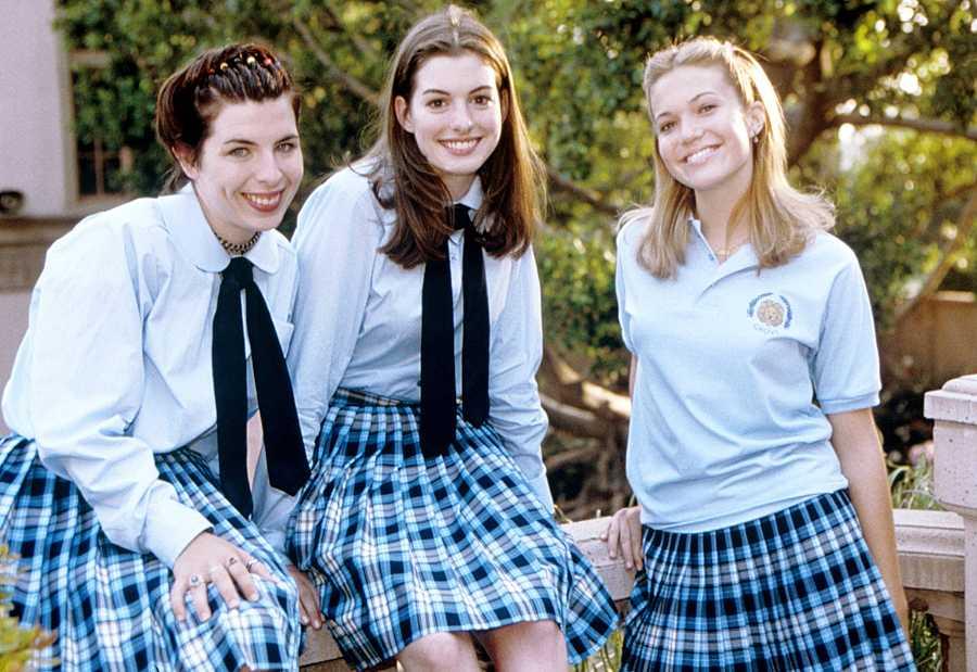 Mandy Moore junto a Anne Hathaway en el éxito 'Princesa por sorpresa'