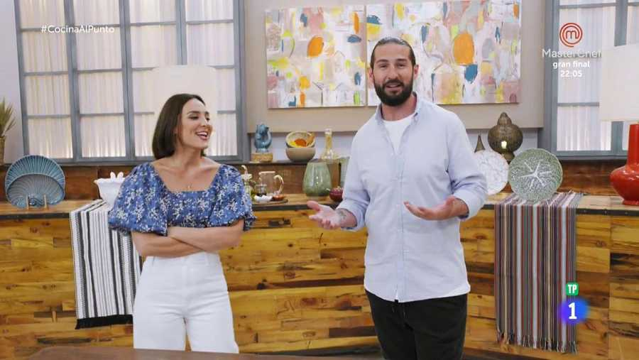 Peña y Tamara superan con éxito el primer día en su programa de cocina