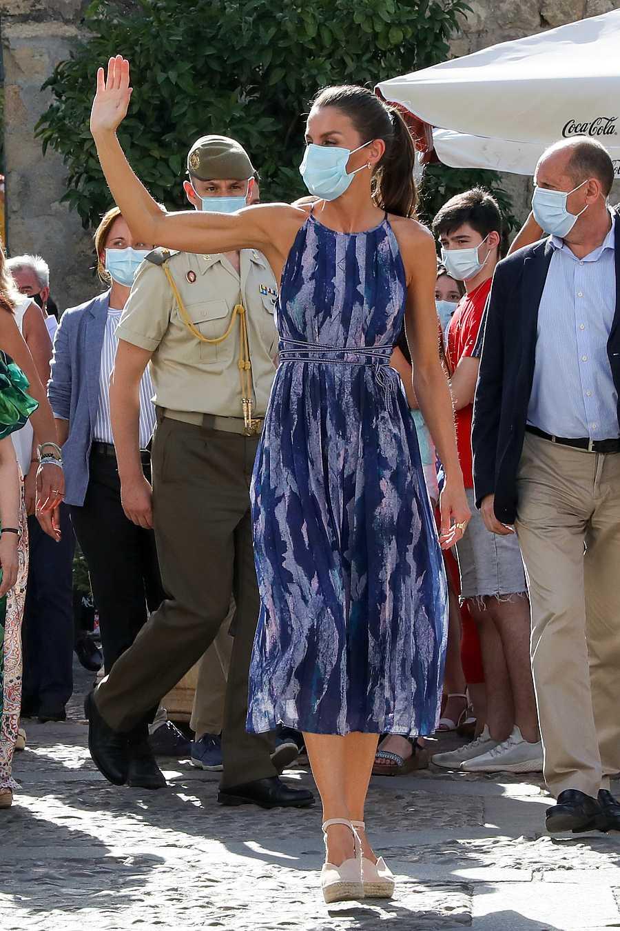 La reina Letizia en su visita a los Patios de Córdoba durante su viaje a Andalucía - 29 de junio de 2020