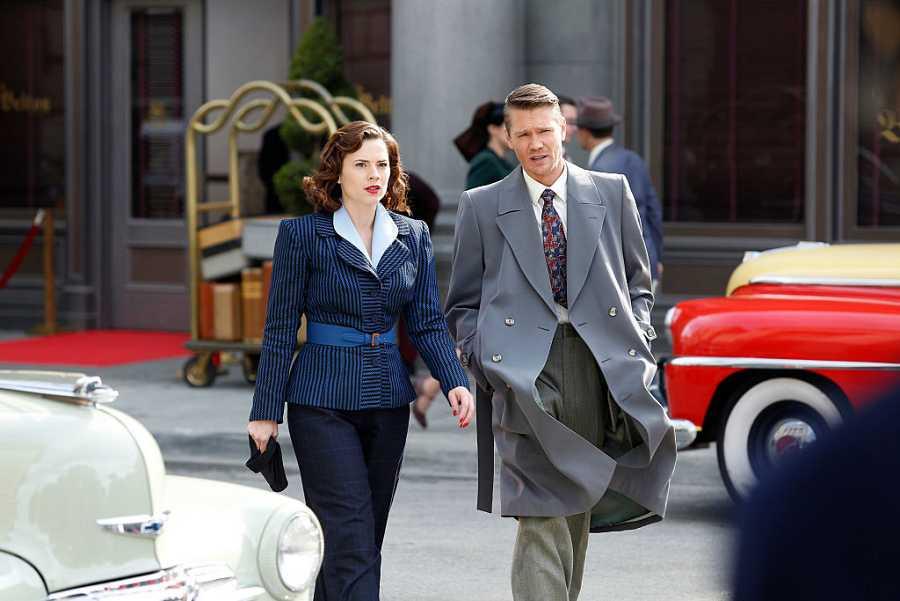 Peggy Carter (Hayley Atwell) y Jack Thompson (Chad Michael Murray) en la primera temporada de la serie de ABC 'Marvel's Agent Carter'