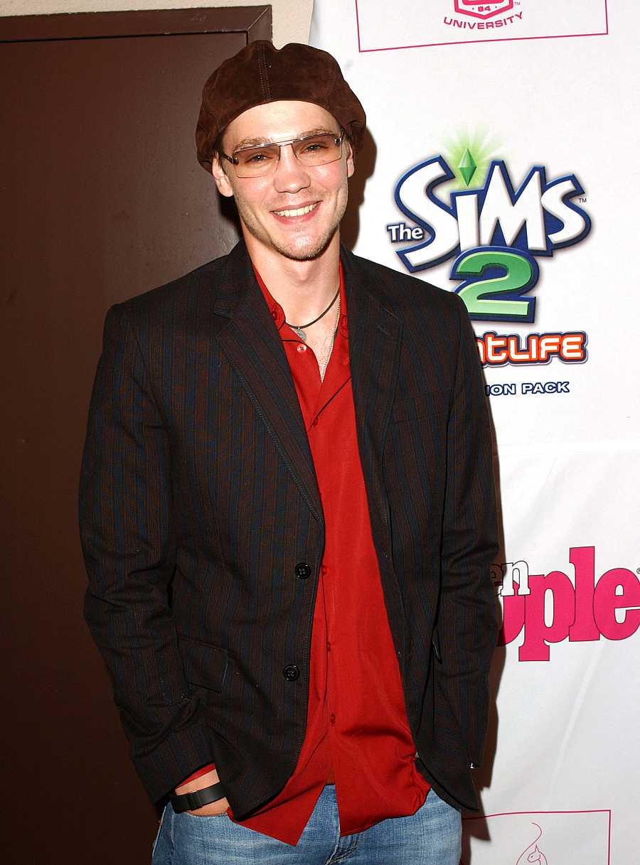 Chad Michael Murray posando durante la segunda edición de la fiesta 'Teen People' (2005)