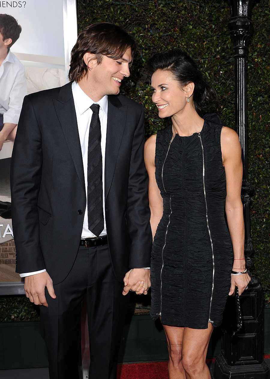Ashton Kutcher y Demi Moore en la premiere de 'Sin compromiso' en Los Ángeles, en 2011