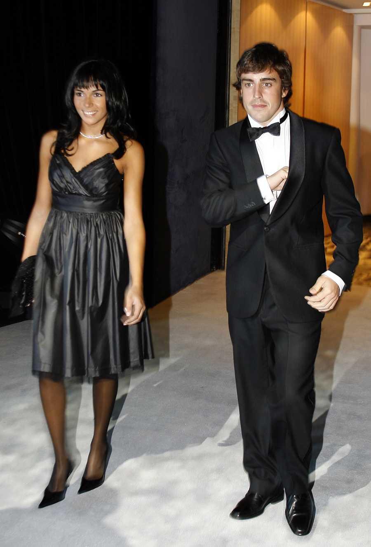 El piloto de Fórmula 1 Fernando Alonso y la cantante Raquel del Rosario en Mónaco