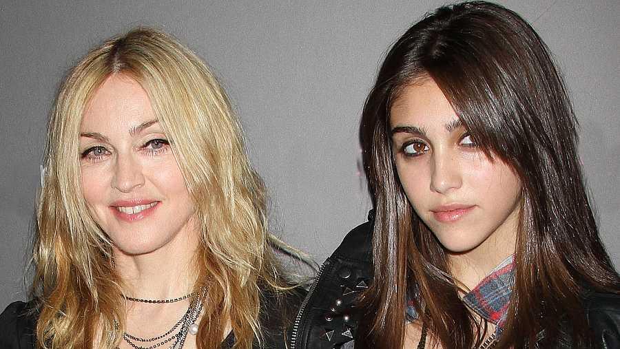 Madonna con su hija Lourdes
