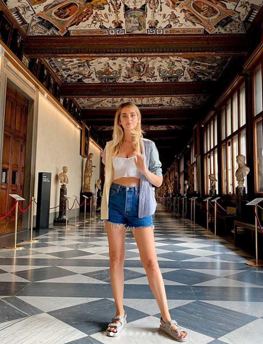 El alcalde de Florencia defiende la labor cultural de Chiara Ferragni
