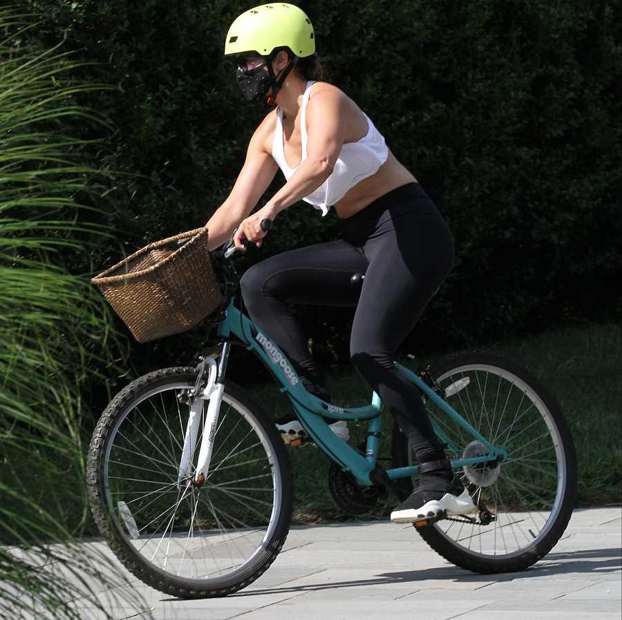 Jennifer López hace deporte varias veces por semana