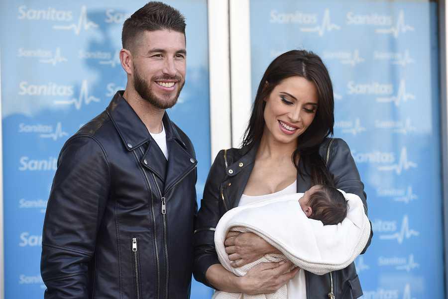 Sergio Ramos y Pilar Rubio presentan ante los medios a su segundo hijo, Marco