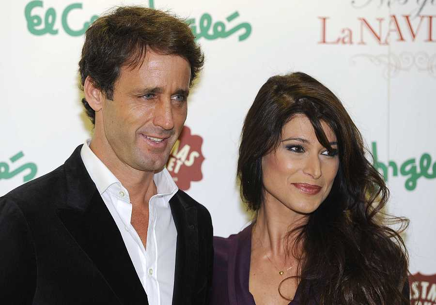 Sonia Ferrer posa con Álvaro Muñoz Escassi