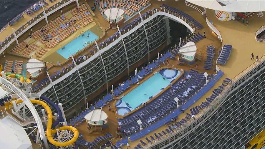 Vacaciones a bordo de una ciudad flotante repleta de excesos