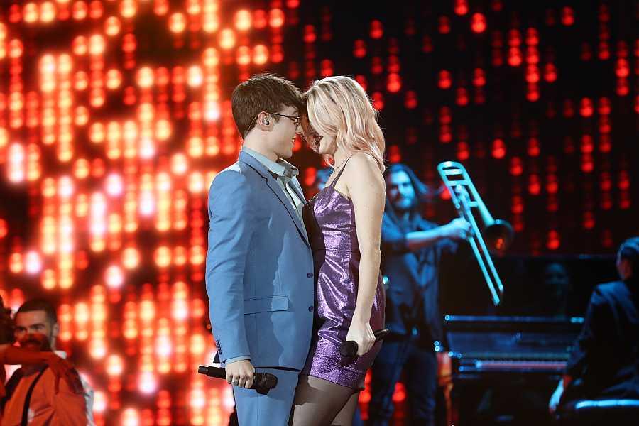 Samantha y Flavio durante su actuación en OT 2020