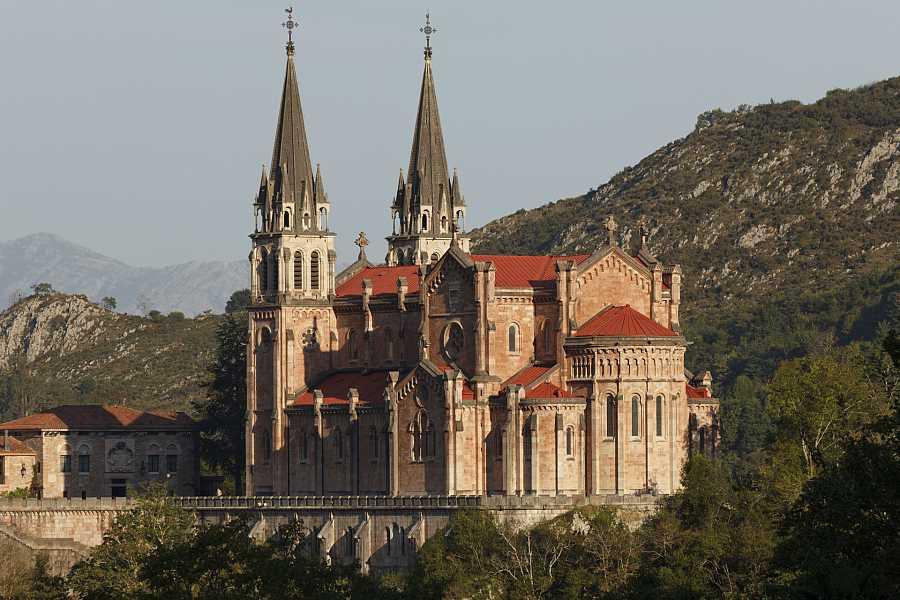 Aquí la Tierra - Basílica de Santa María la Real
