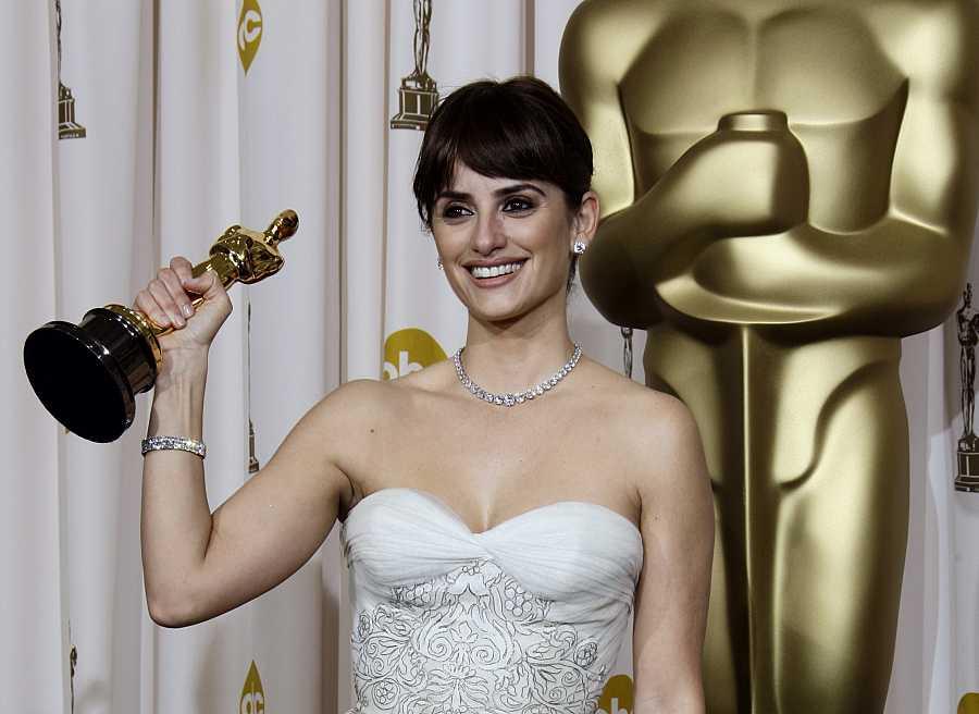 Penélope Cruz es la primera española en ganar un Oscar en 2008