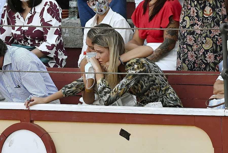 Ana Soria se lleva un gran susto tras la cogida de Enrique Ponce