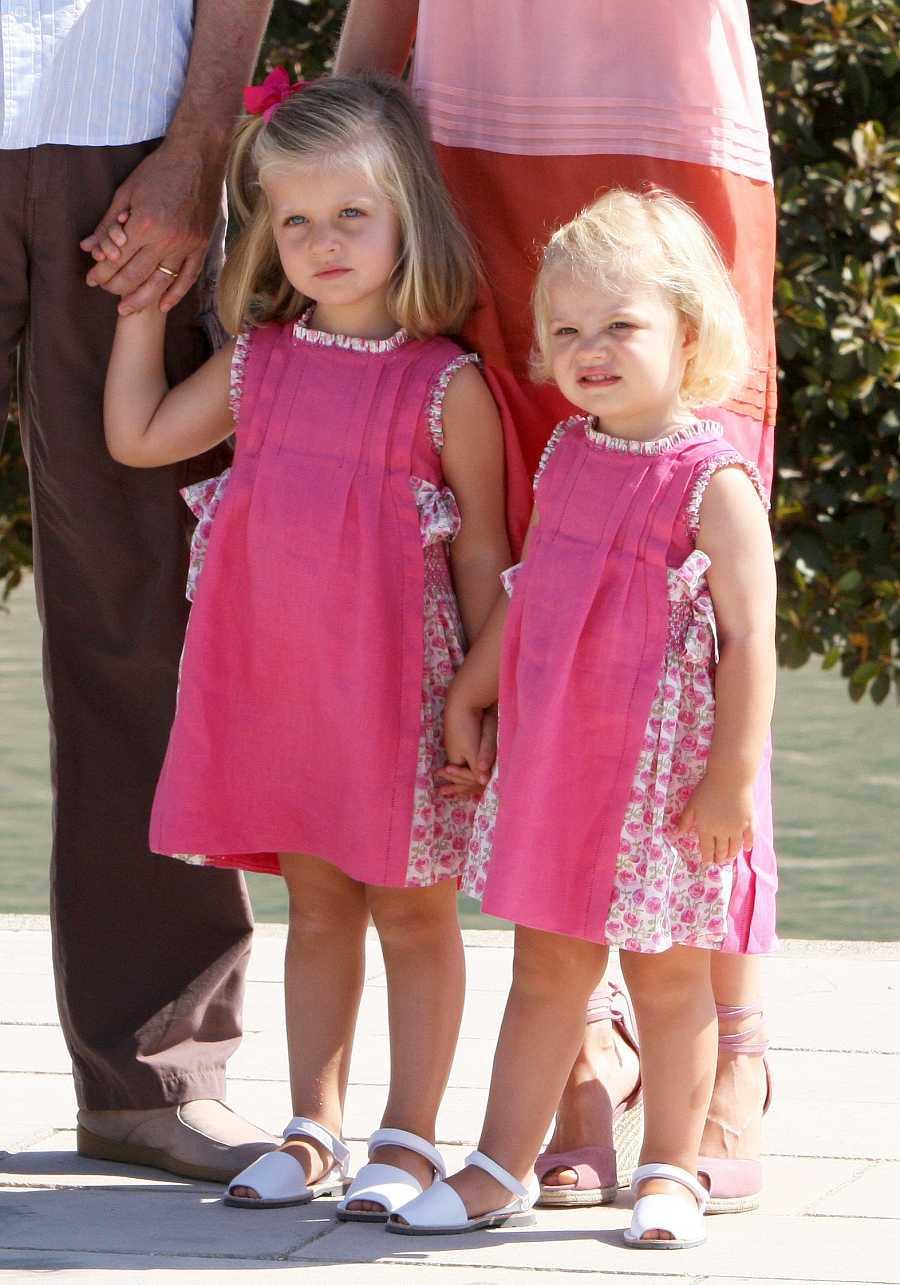 La princesa Leonor y la infanta Sofía, juntas en Mallorca en 2009