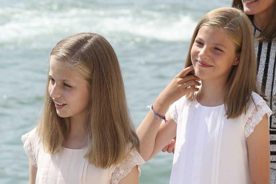 La princesa Leonor y la infanta Sofía en la Copa de vela de 2018