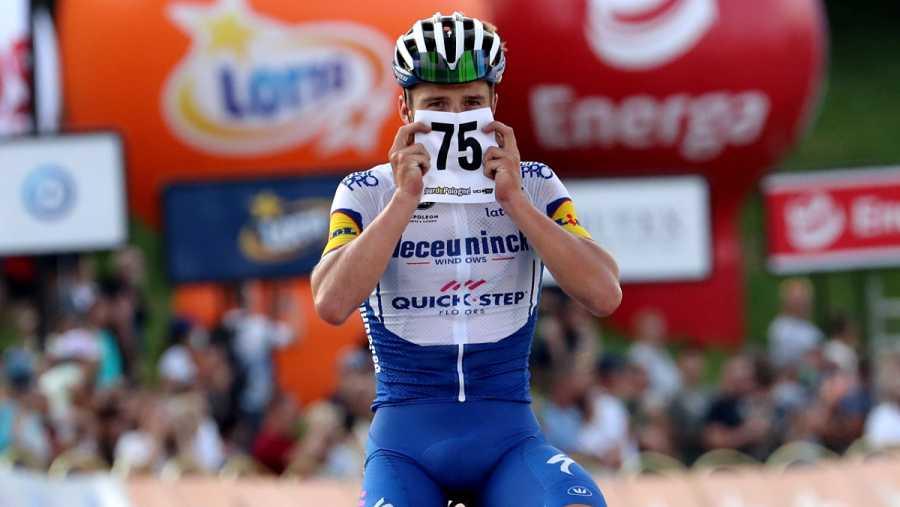 Imagen: Evenepoel le dedicó su victoria en la cuarta etapa a Jakobsen