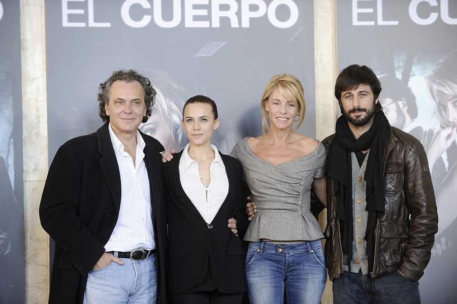 José Coronado, Belén Rueda, Hugo Silva y Aura Garrido durante la presentación de 'El cuerpo'