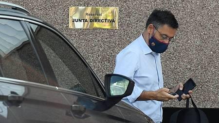 El presidente del Barça, Bartomeu, a su llegada al club