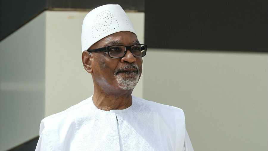 El presidente de Malí, Ibrahim Boubacar Keita, posa para una foto durante la cumbre del G5 en Sahel, en Nouakchott, en una foto de archivo.