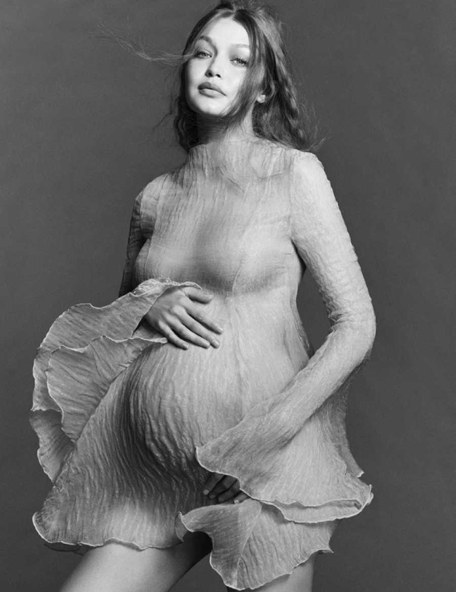 Gigi Hadid posa por primera vez embarazada