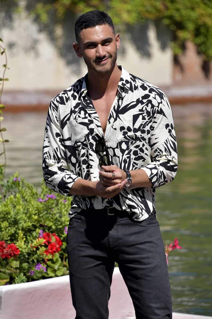 Alejandro Speitzer llega al Festival de Venecia