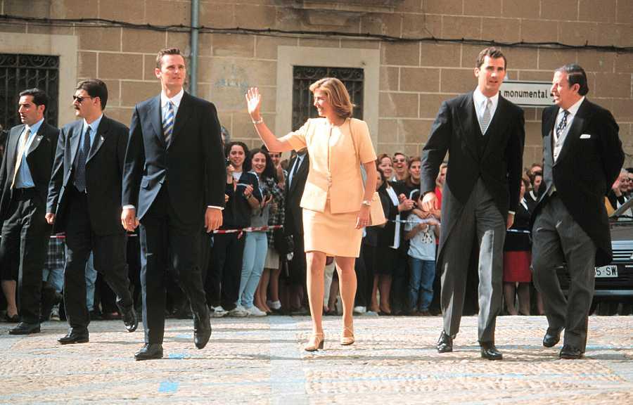 Iñaki Urdangarín, la Infanta Cristina y el entonces Príncipe Felipe en la boda de Xandra Falcó y Jaime Carvajal y Hoyos