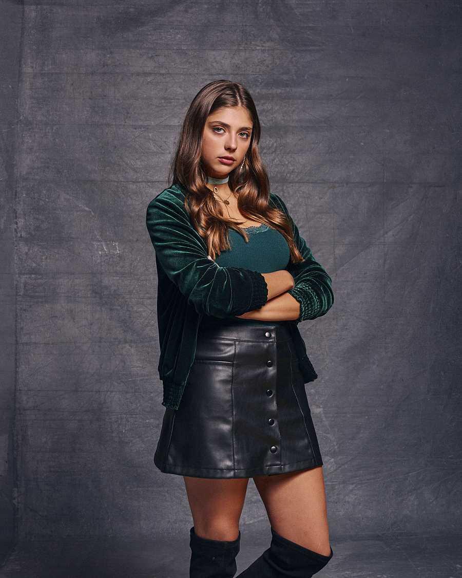 HIT - Carmen Arrufat es Lena en 'HIT'