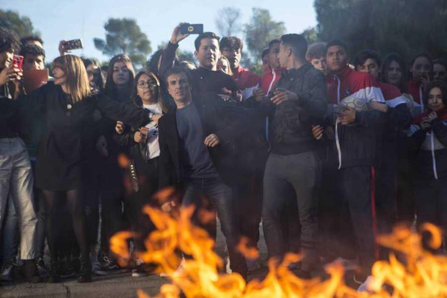 Un incendio en el instituto provoca la llegada de HIT