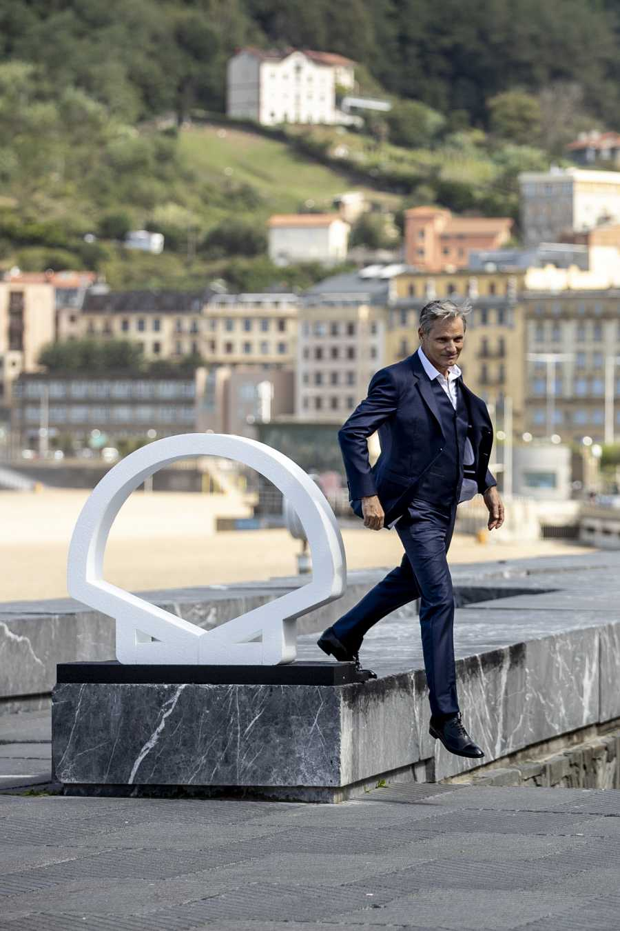 Viggo Mortensen durante el photocall de 'Falling' en la terraza del Auditorio Kursaal, en el Festival de cine de San SebastiánG
