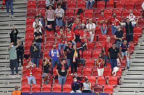 Aficionados del Sevilla en la grada