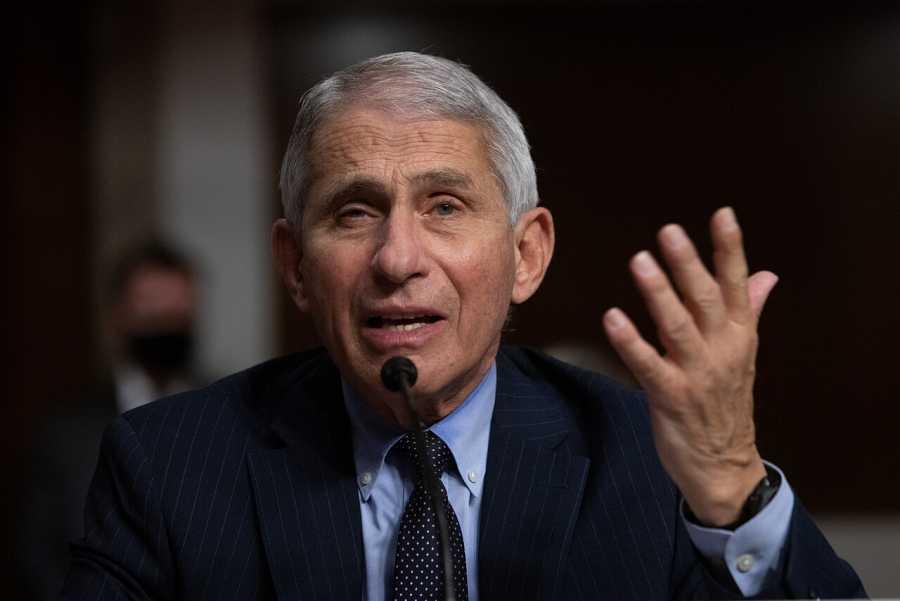 Anthony Fauci, director del Instituto Nacional de Alergias y Enfermedades Infecciosas de los NIH, durante un Comité Senatorial de Salud, Educación, Trabajo y Pensiones en Capitol Hill, Washington.