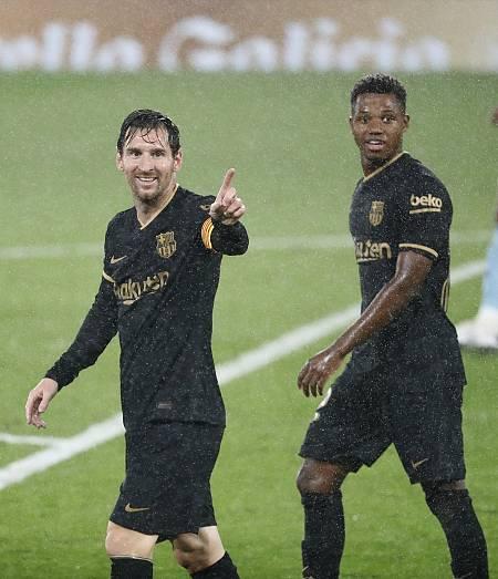 Ansu Fati y Messi, durante el partido ante el Celta
