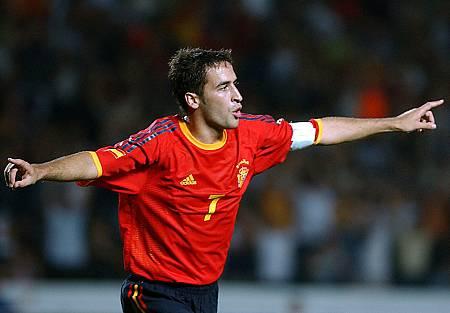 Raúl logró un doblete ante Ucrania