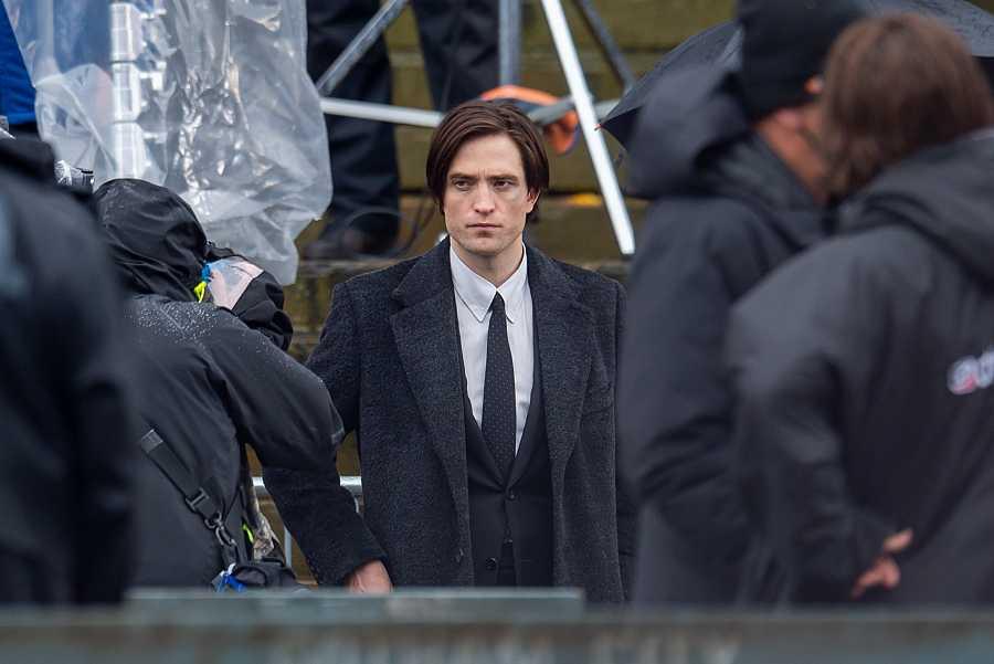 Robert Pattinson es el nuevo Caballero Oscuro en 'The Batman'. Imágenes del rodaje