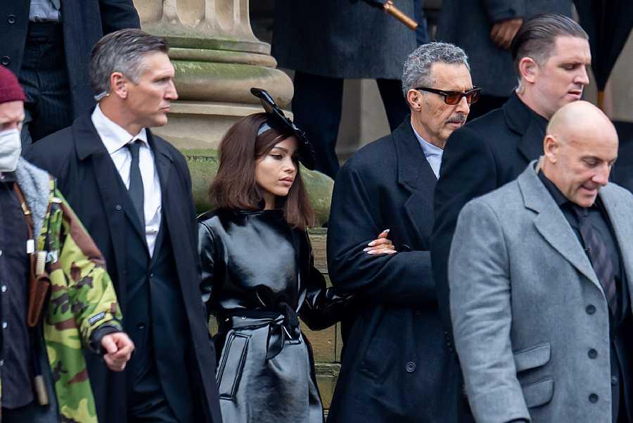 Zoe Kravitz es la nueva Catwoman en 'The Batman'. Aquí aparece en el rodaje de la película como su alter ego, Selina Kyle