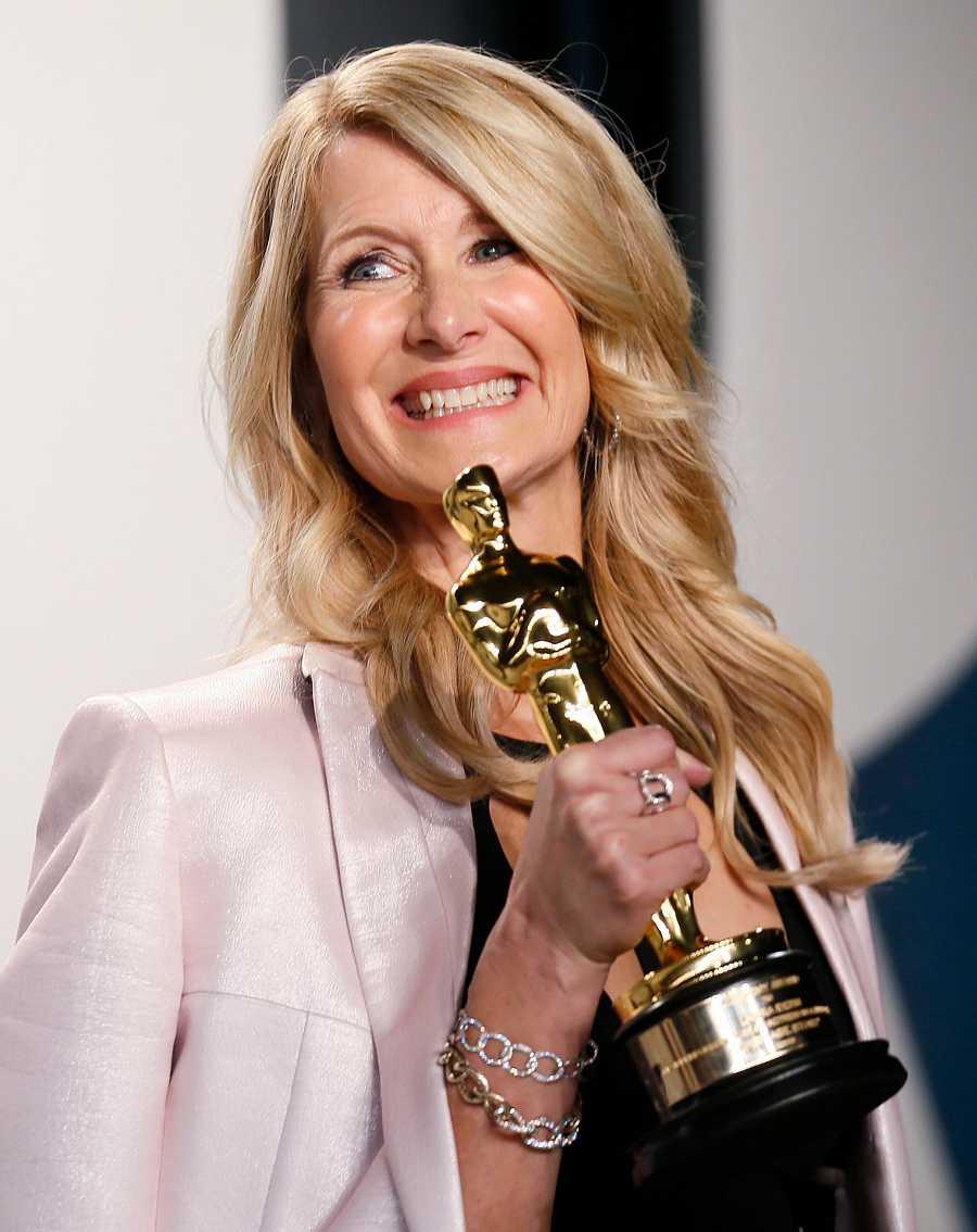 Laura Dern después de recoger el Oscar este pasado mes de febrero