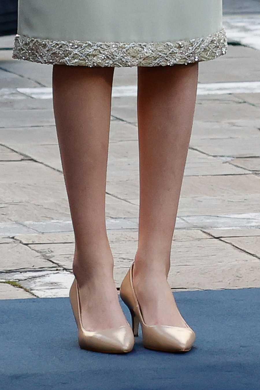 Detalle de los zapatos de Leonor en los Princesa de Asturias 2020