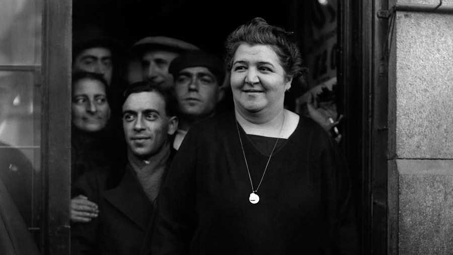 Manolita de Pablo, Doña Manolita, en su administración de la Gran Vía en torno a 1935