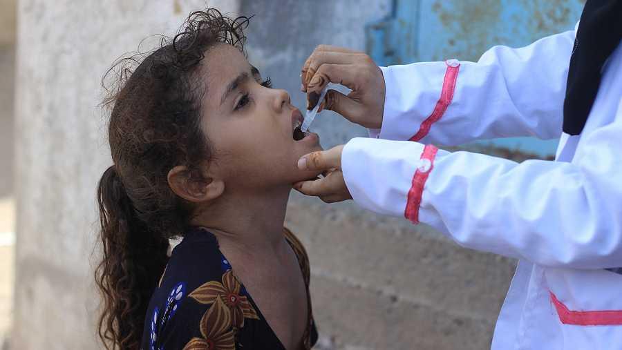 Desde 2017, Yemen ha sufrido el brote de cólera más grande y de más rápida propagación de la historia moderna.