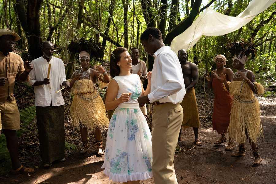 Carmen cumple su sueño de viajar a África