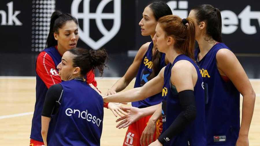 La selección absoluta femenina de baloncesto,en su preparación para el Eurobasket