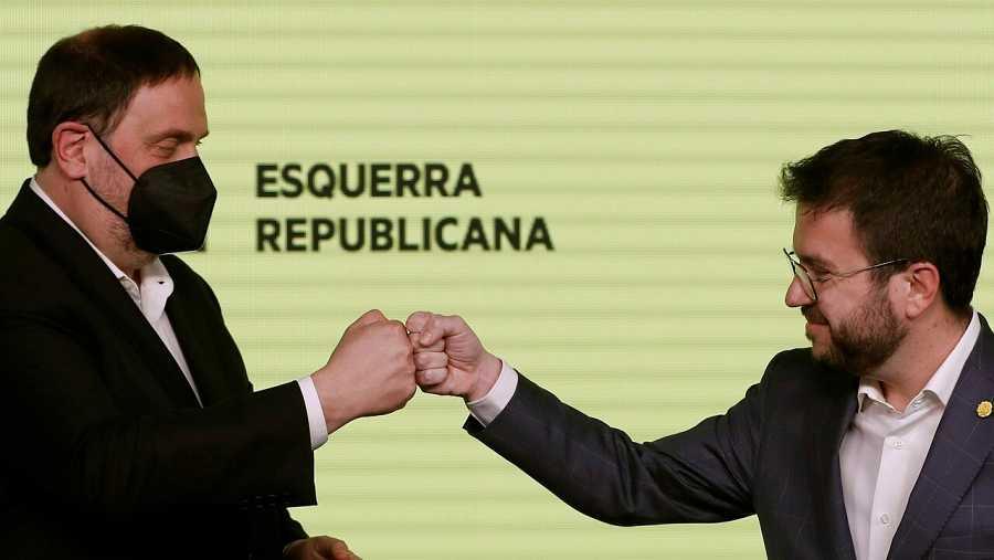 El president d'ERC, Oriol Junqueras, i el candidat, Pere Aragonès celebren els resultats del 14-F