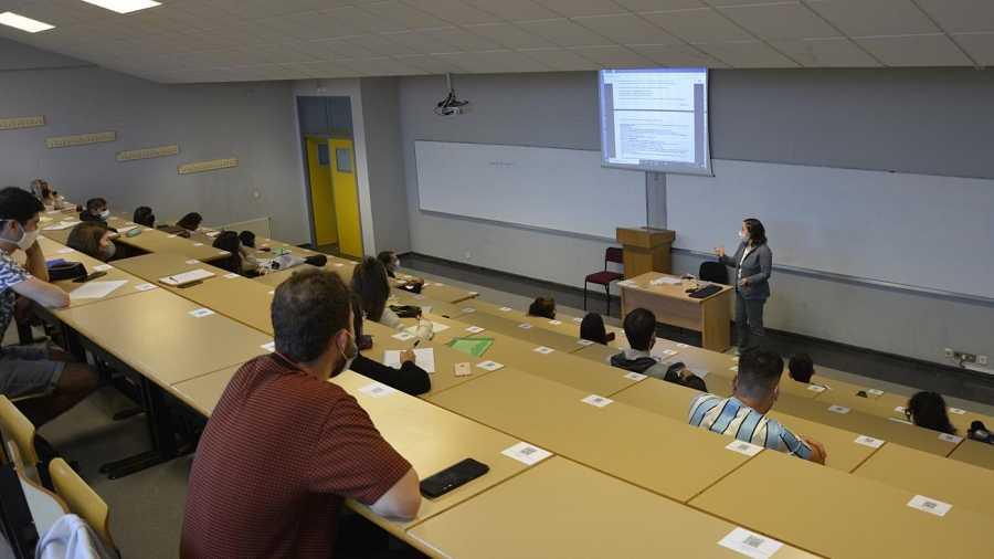 Coronavirus.- La UVigo suma 168 casos de COVID-19 confirmados en sus campus desde el inicio del curso
