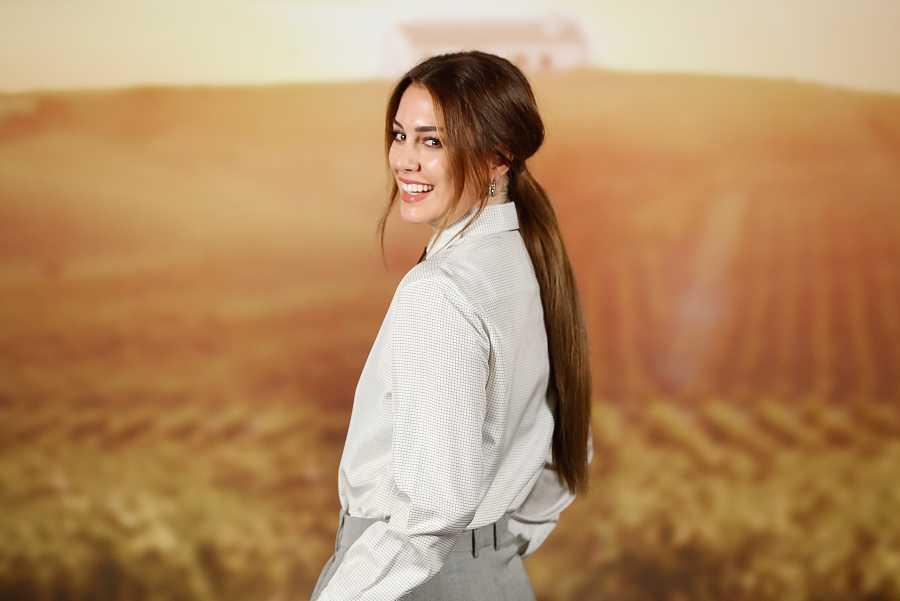 Blanca Suárez con una larga melena lisa en 2020
