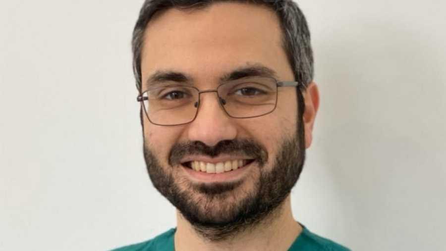 Hace diez años, Yazan Douedari vivía en Alepo y estudiaba odontología