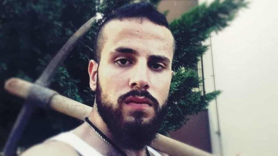 Hassan, dos huidas hastas echar raíces en Sevilla