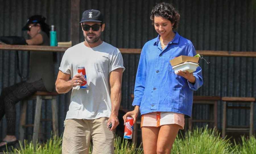 Zac Efron y su novia Vanessa Valladares
