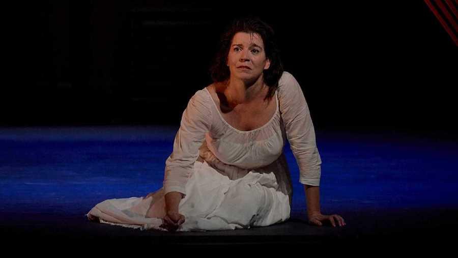 Laia Marull como Mariana Pineda, en el Teatro Español