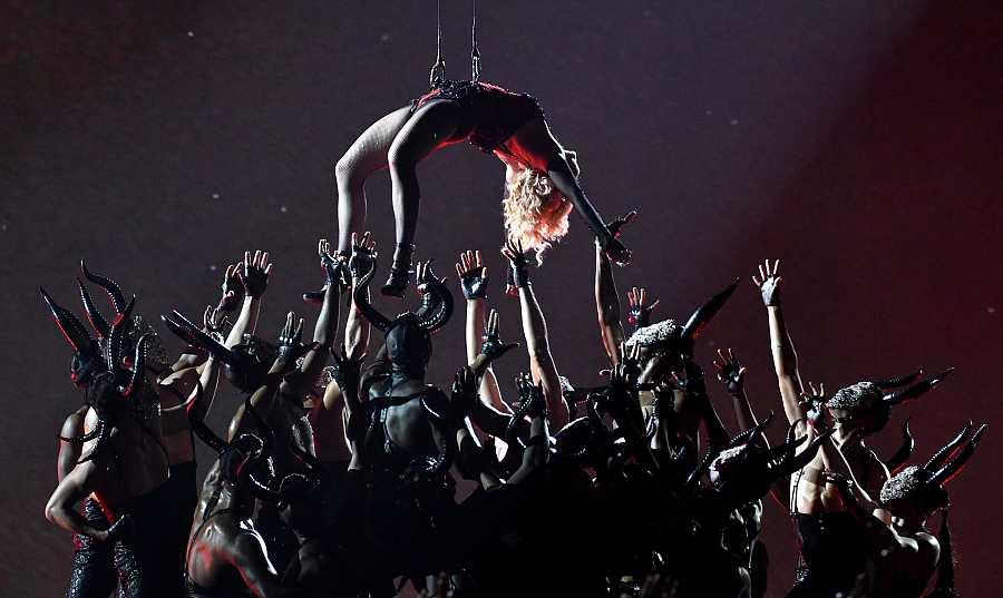 Madonna en los Grammy de 2015
